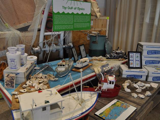 Display of toy boats and oysters at the Southern Food and Beverage Museum