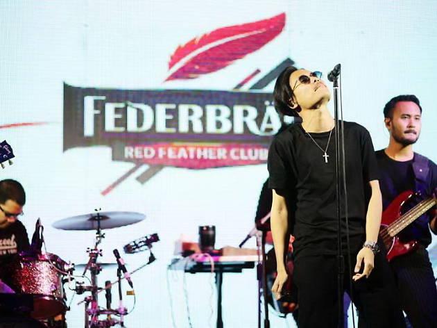 Federbrau Red Feather Club, Musketeers