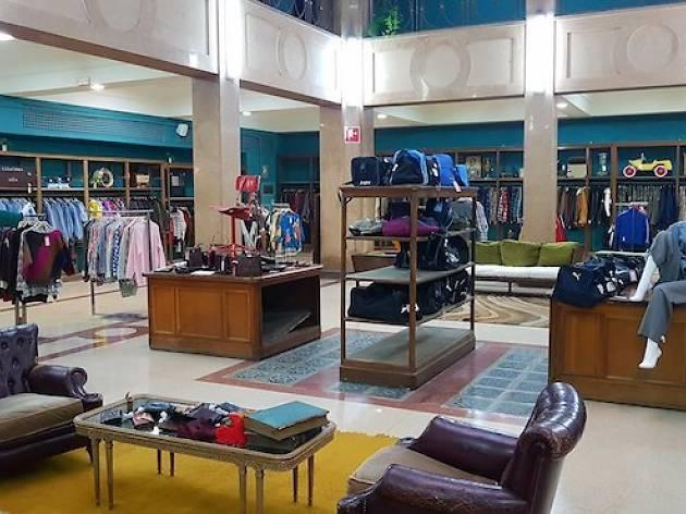 la Europa vintage en de tienda Abre grande Madrid de ropa más AEnTBq