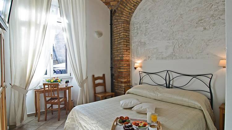 We've found ten cheap hotels options for your next trip to Rome that won't break the bank.