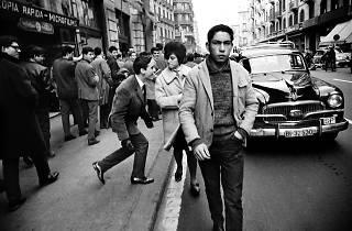 Xavier Miserachs. El Piropo a la Via Laietana, Barcelona, 1962