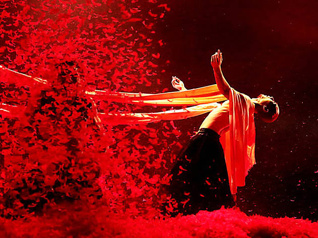 Yang Liping Contemporary Dance: Under Siege