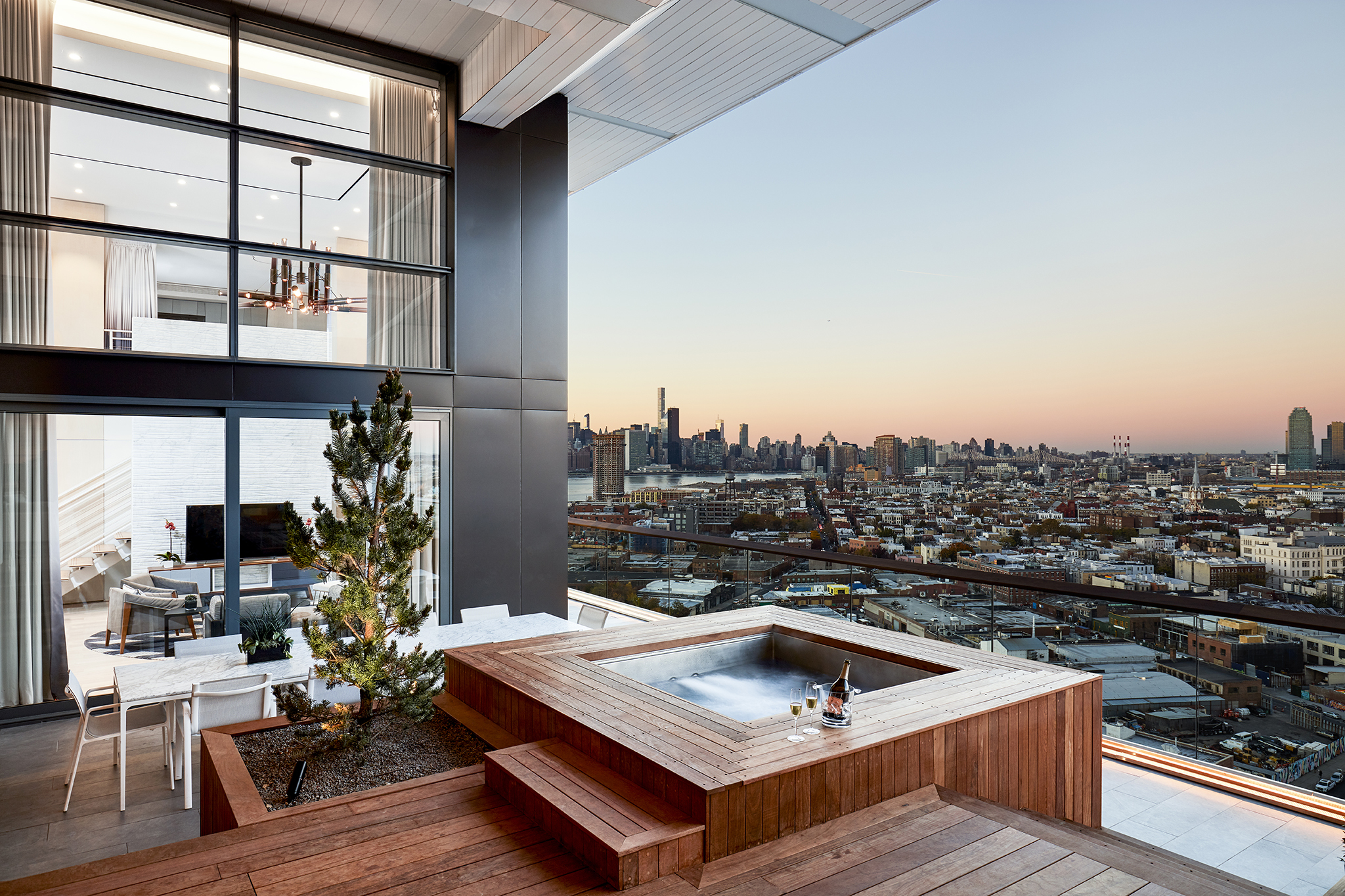 9 Best Nyc Hotels With Hot Tubs In Room For A Relaxing Trip