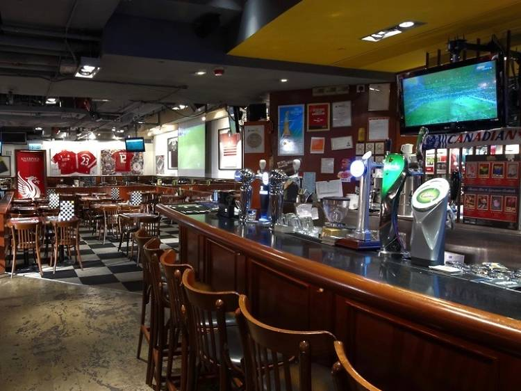 The best sports bars in Hong Kong