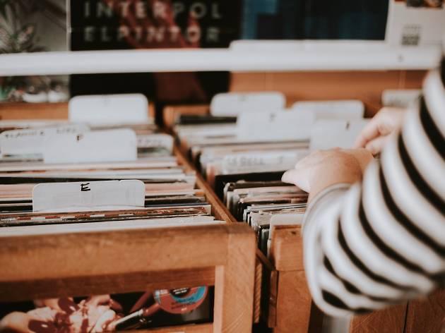Generic vinyl records