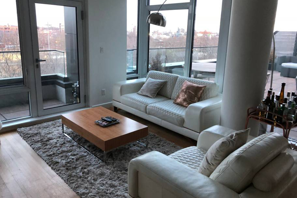 Full Amenities Luxury Apartment Near McCarren Park