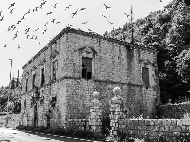 Bozdari Mansion