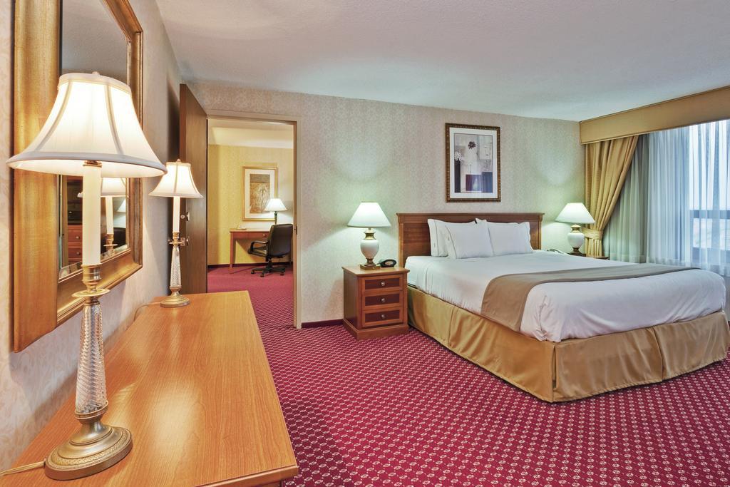 Edward Hotel