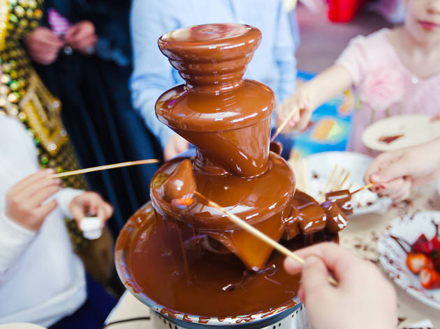 Jamie Oliver easter chocolate fountain