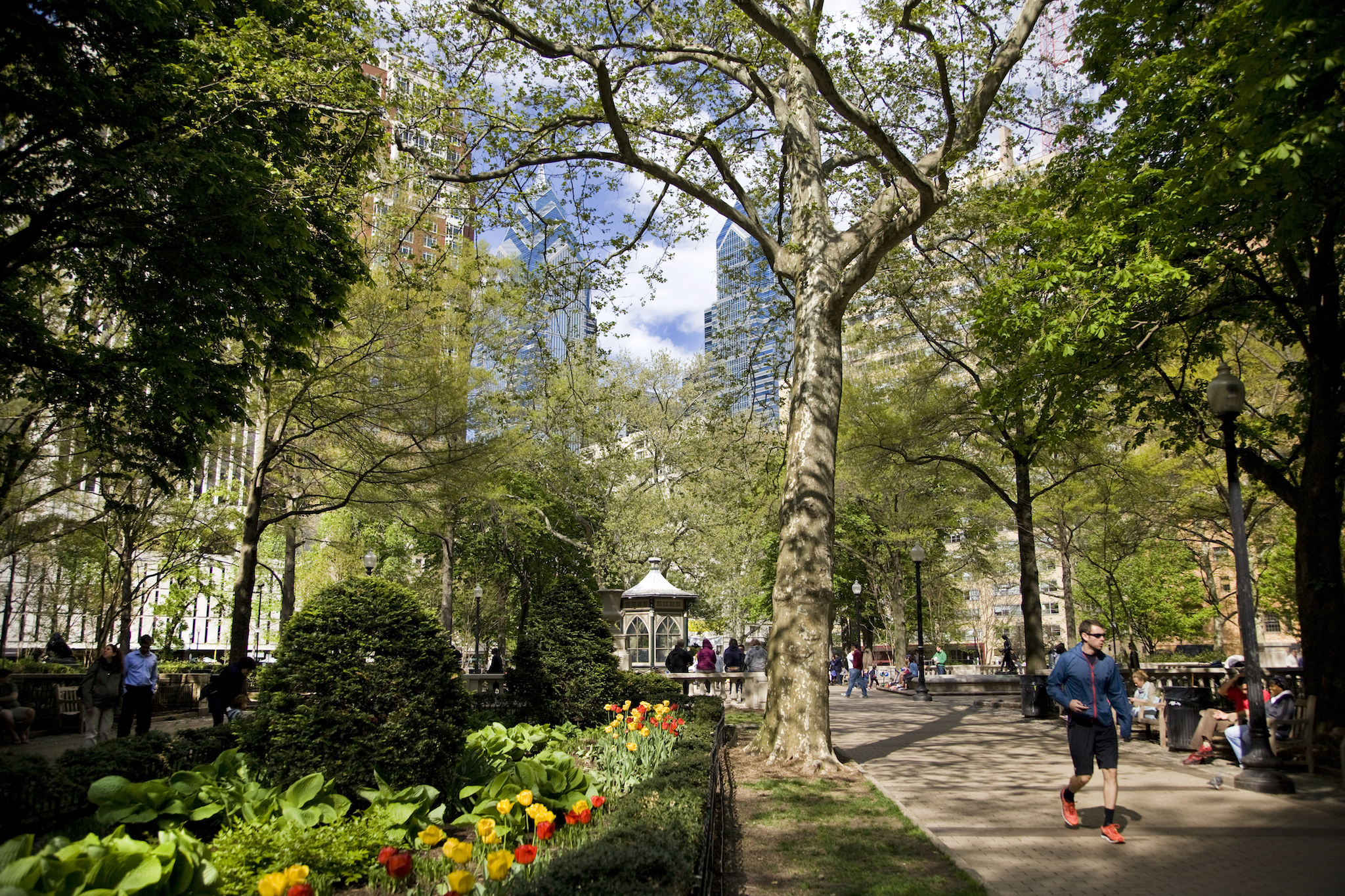 When you're thinking about where to stay in Philadelphia, choose Rittenhouse for its gorgeous public square and excellent shopping