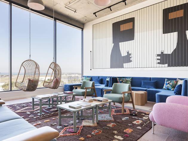 Felix Hotel lounge