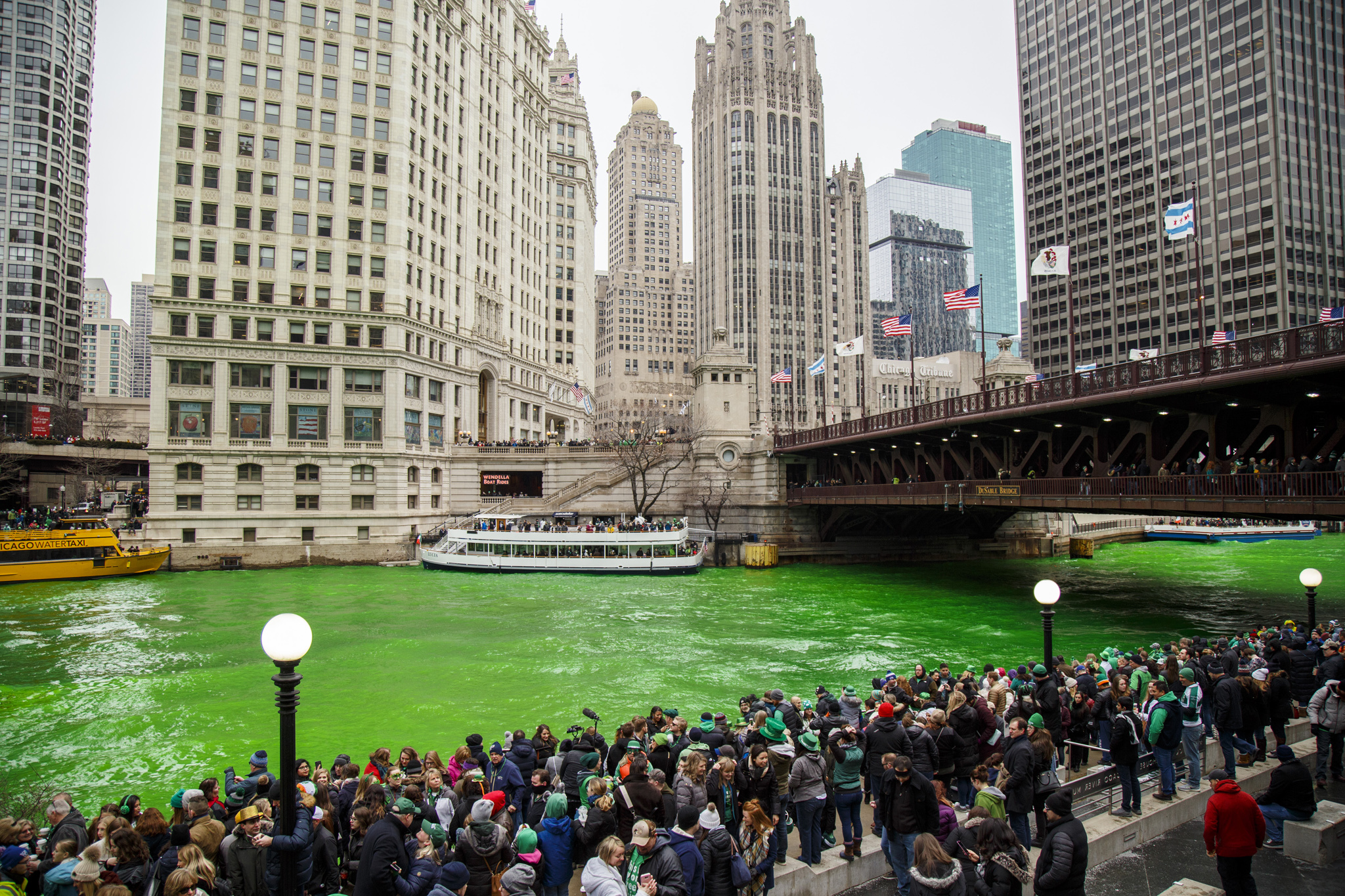 Where to watch the Chicago River dyeing