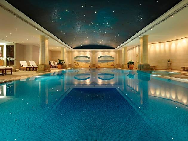 Spa pool at the Langham