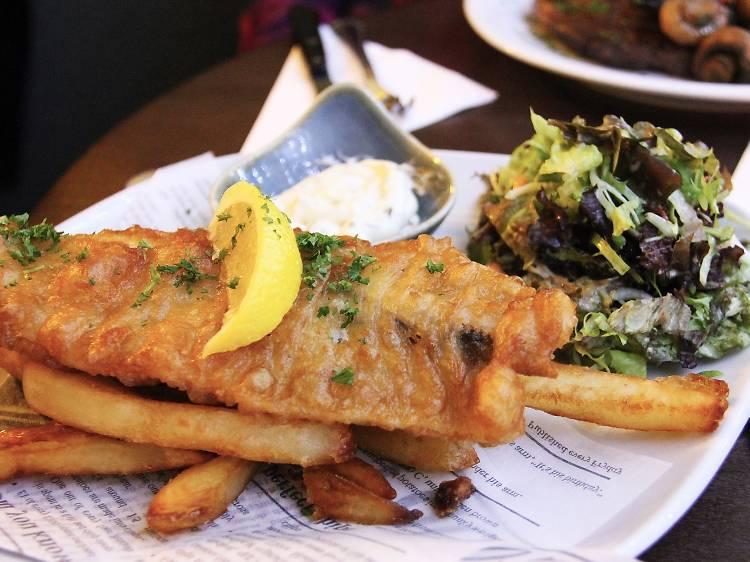 Feast on pub fare with a twist at King Tea