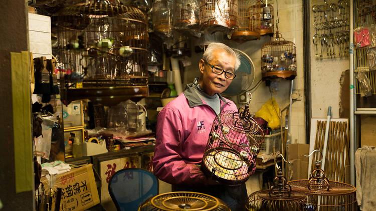 Birdcage maker Chan Lok-choi, Photo by Calvin Sit