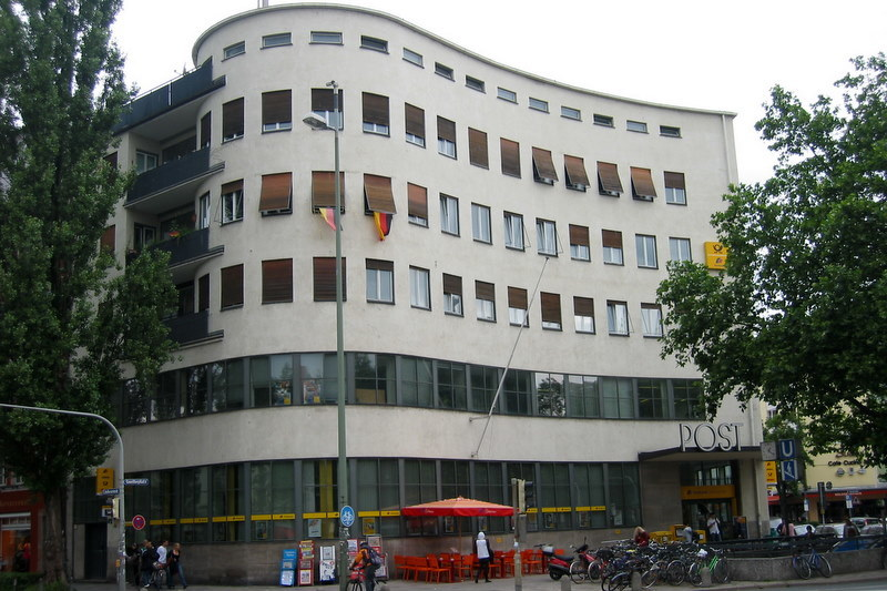 Post office at Goetheplatz