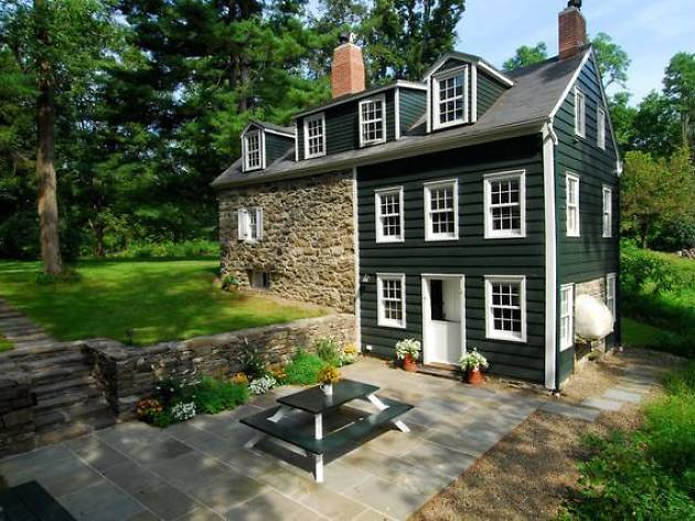 19th Century Stone House in New Paltz