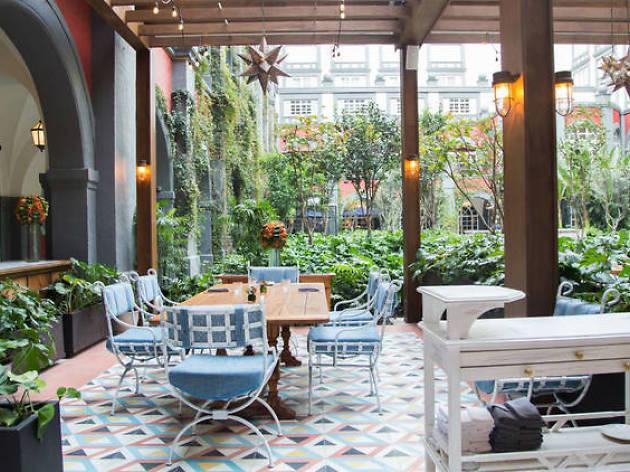 10 restaurantes para celebrar el 14 de febrero en la CDMX