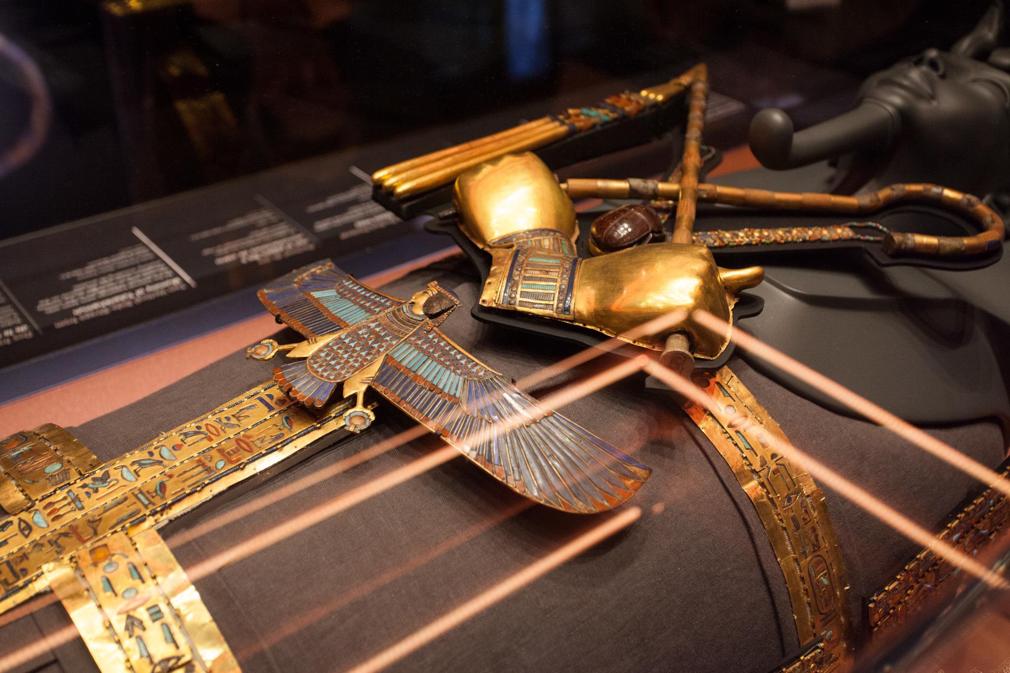 """Inside """"King Tut: Treasures of the Golden Pharaoh"""""""