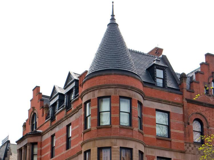 Alternative: The Royal Tenenbaums house
