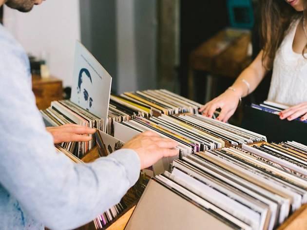 Bloop Vinyl Shop