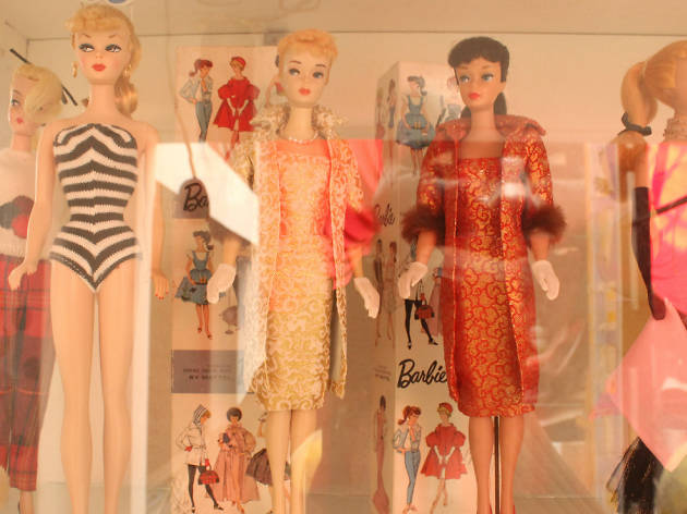 Barbie, Bárbara y Srta. Lilí en el aniversario del MUJAM