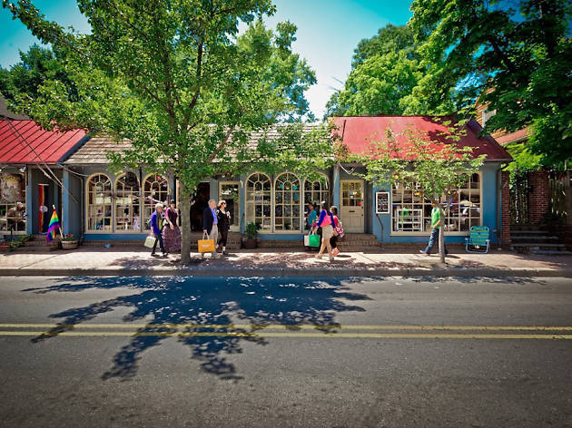 New Hope, in Bucks County, is one of the best day trips from Philadelphia
