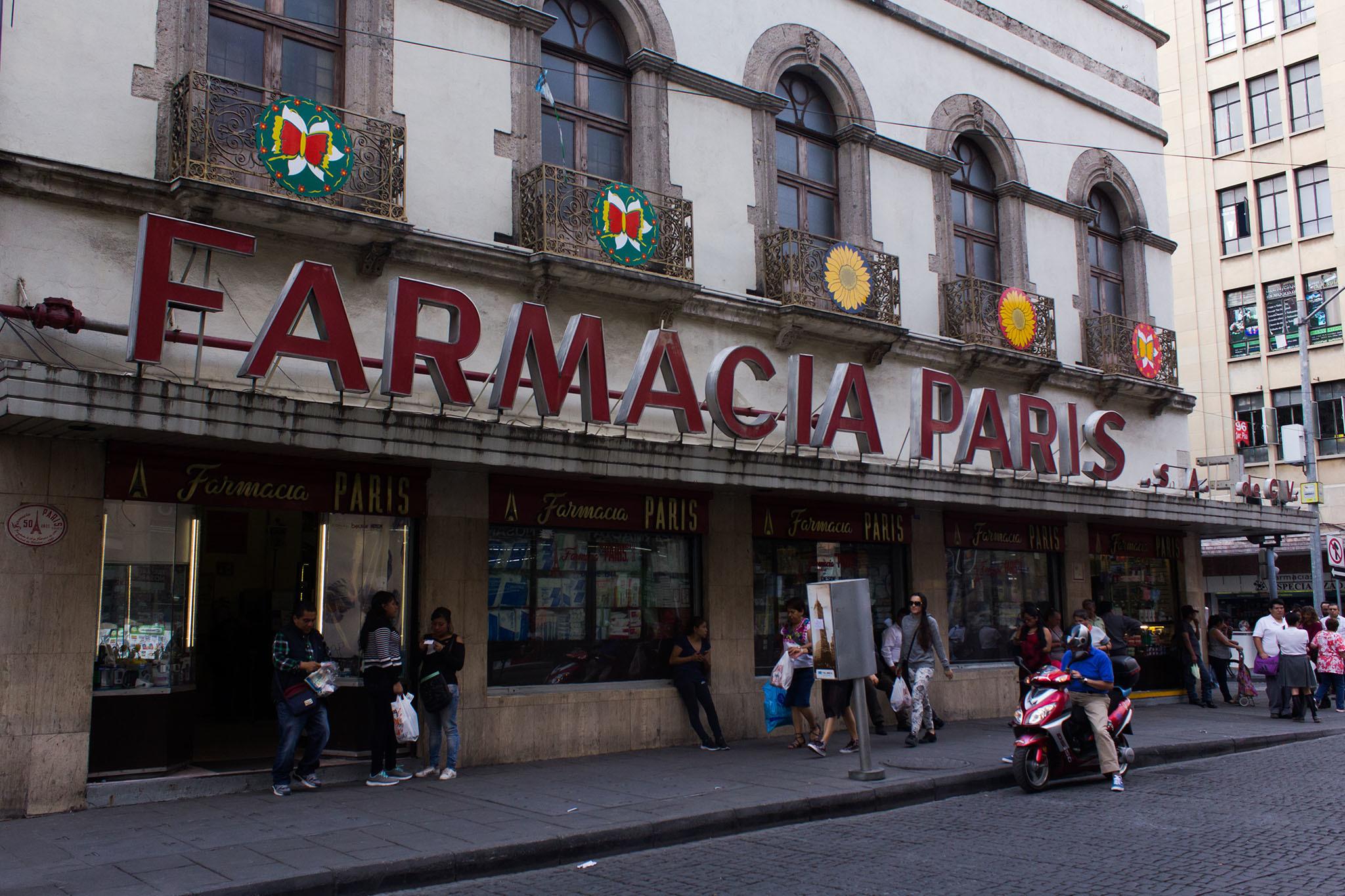 Farmacia París