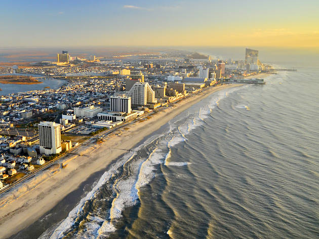 Looking for day trips from Philadelphia? Check out Atlantic City, New Jersey.