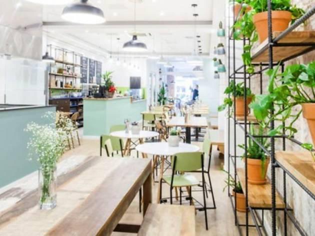 Foodies Restaurante & Salad Bar