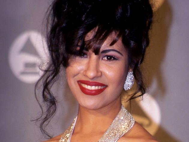 Selena en la ceremonia de los Grammys