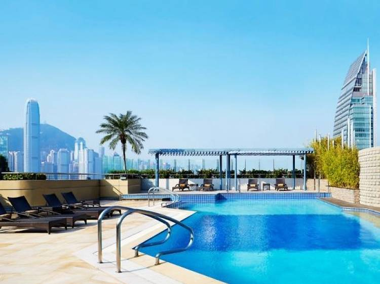 Best for a straightforward, relaxing day by the pool: Sheraton