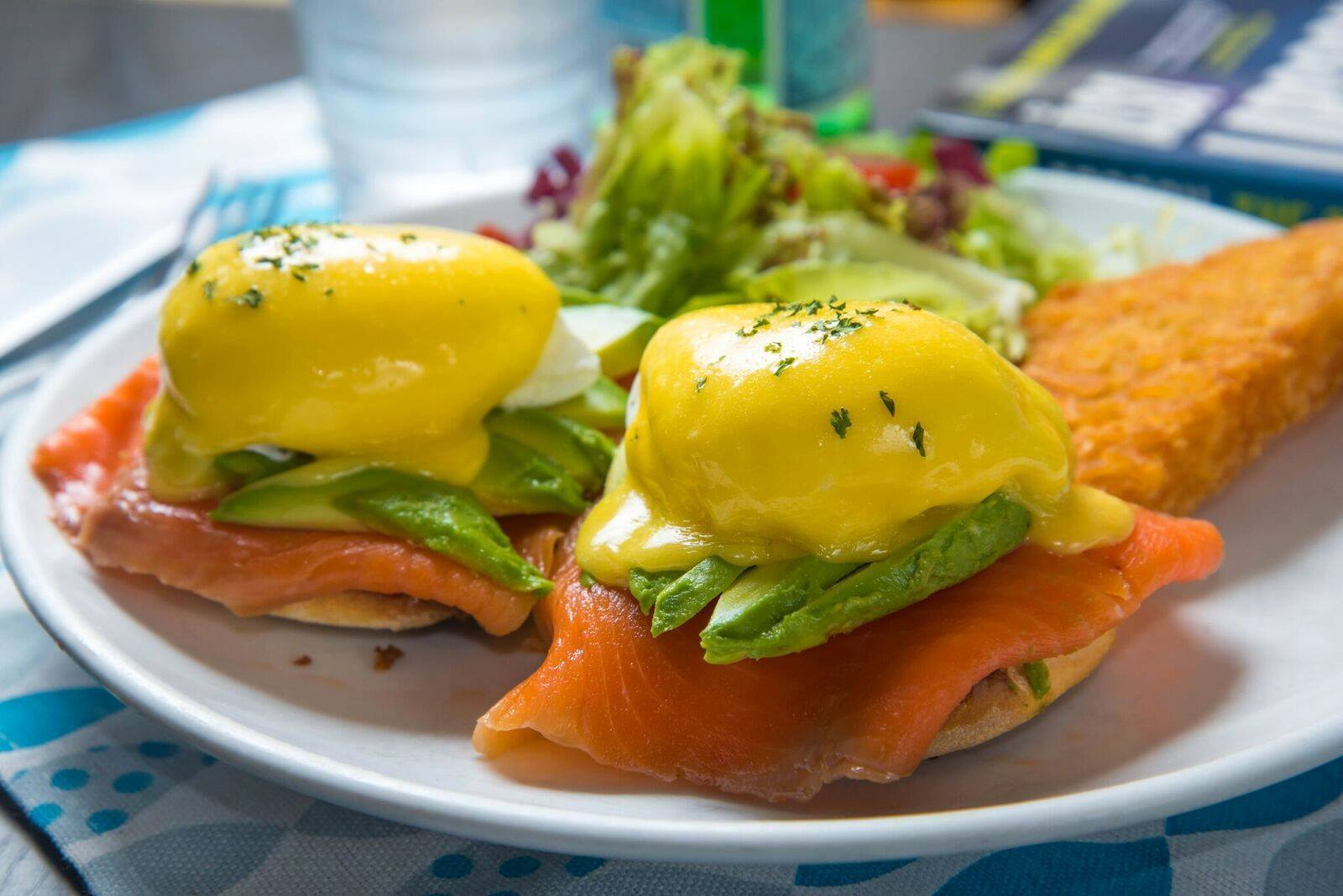 Brunch Club & Supper eggs Benedict