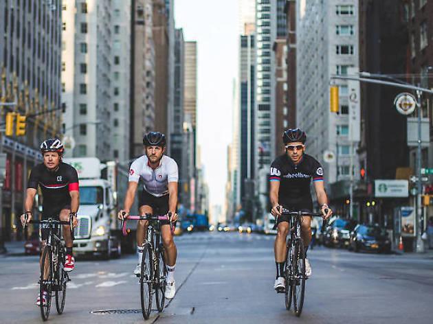 ニューヨークで自転車の赤信号通過が可能に?交差点50ヶ所で社会実験