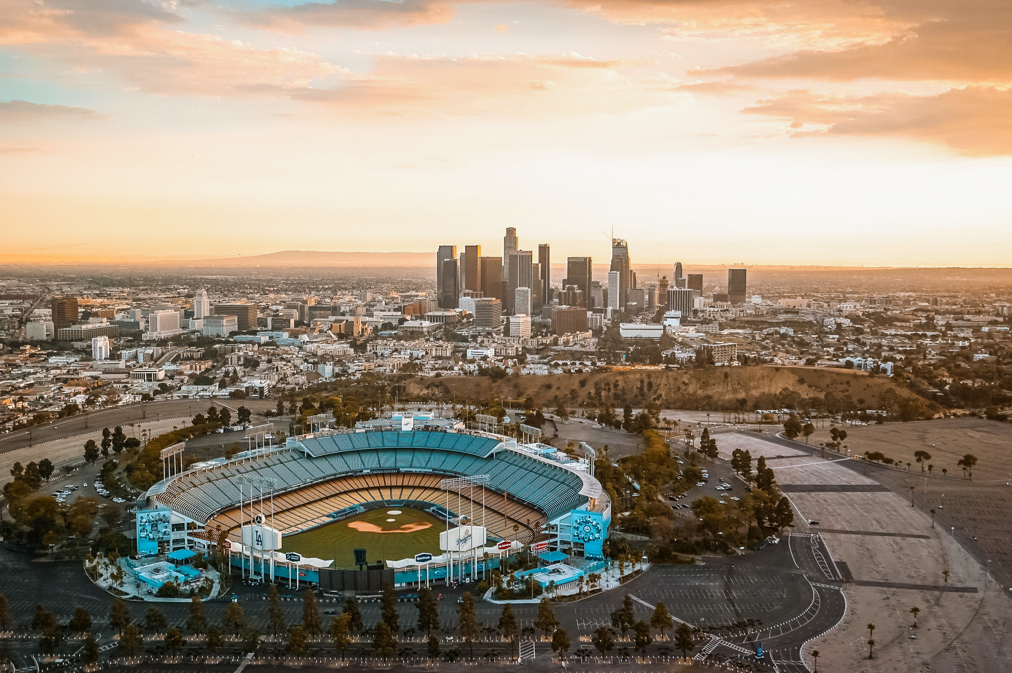 Where to dine and drink near Dodger Stadium