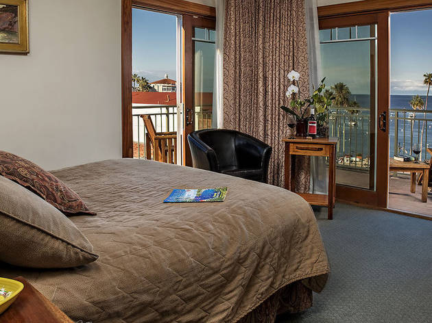 Best Catalina Island Hotels For A Weekend Getaway The Avalon Hotel