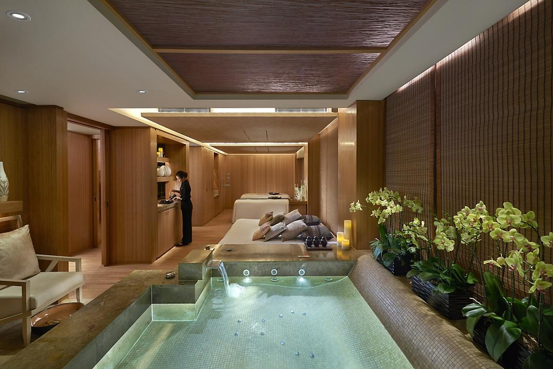 Landmark Mandarin Oriental private spa suite