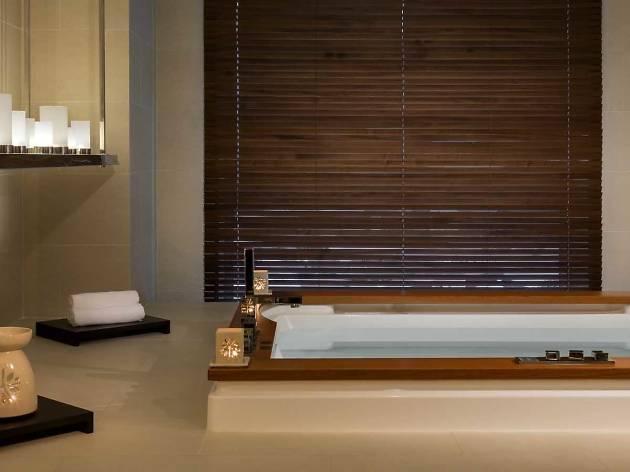 Hotel Icon Angsana spa