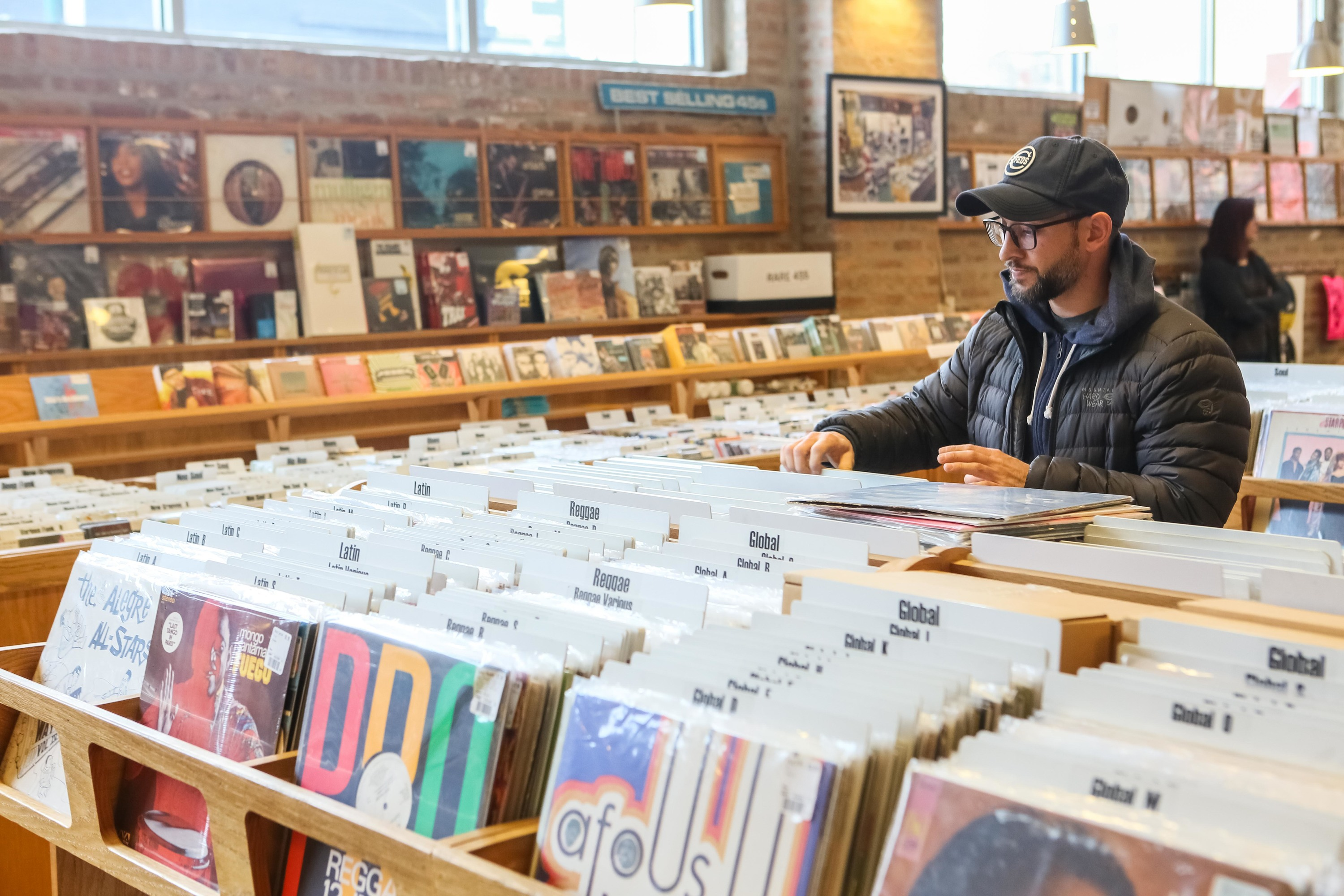 Where to go record shopping in Chicago