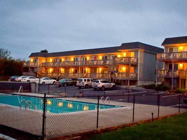 Hartman's Briney Breezes Motel