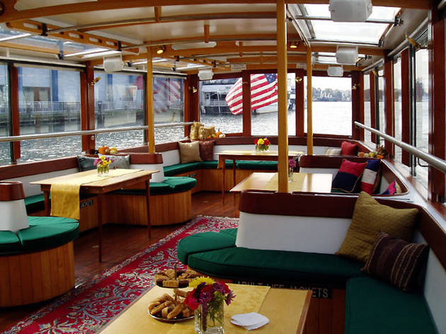 Classic Harbor Line, Yacht Manhattan