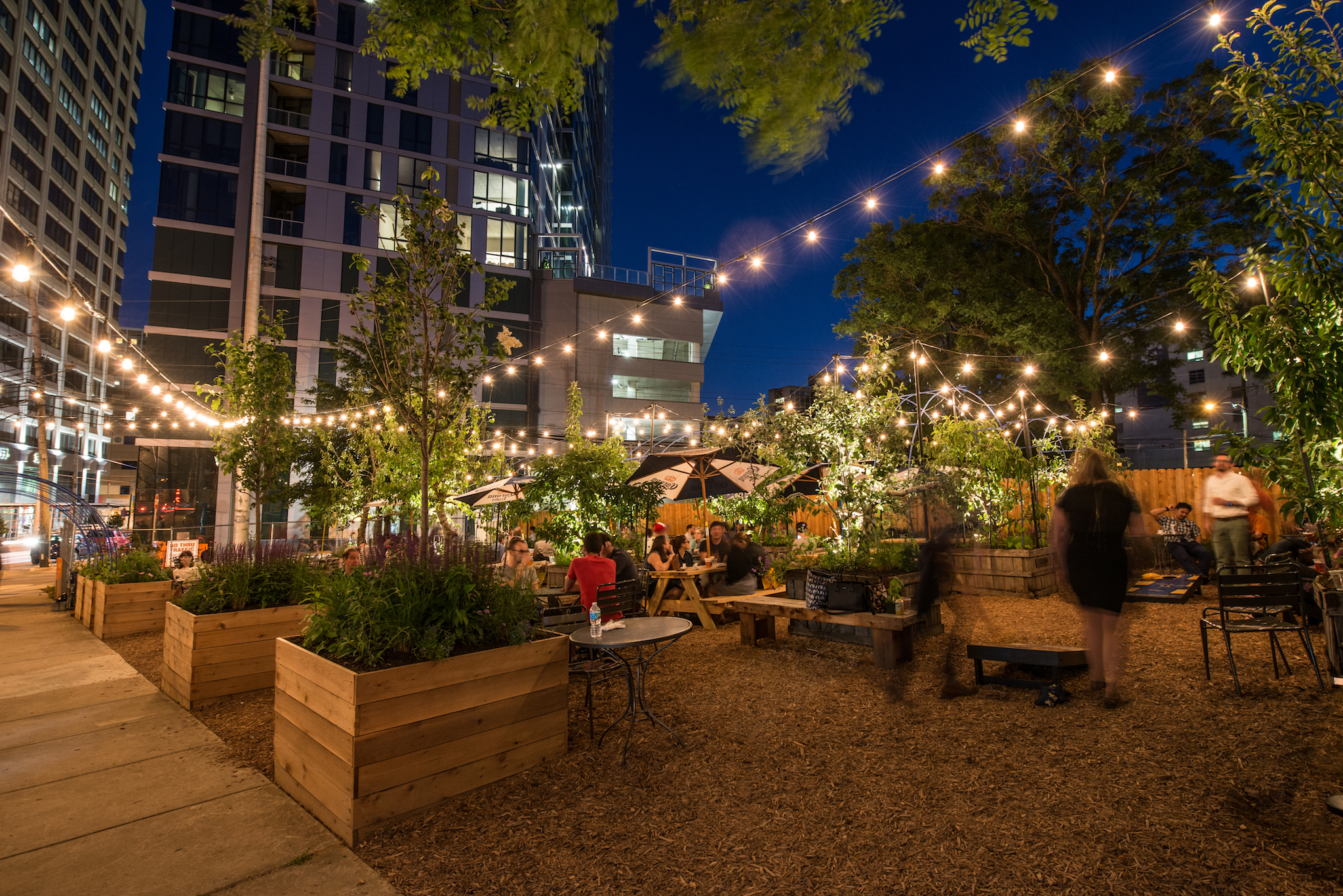 PHS hosts a pop-up beer garden in University City
