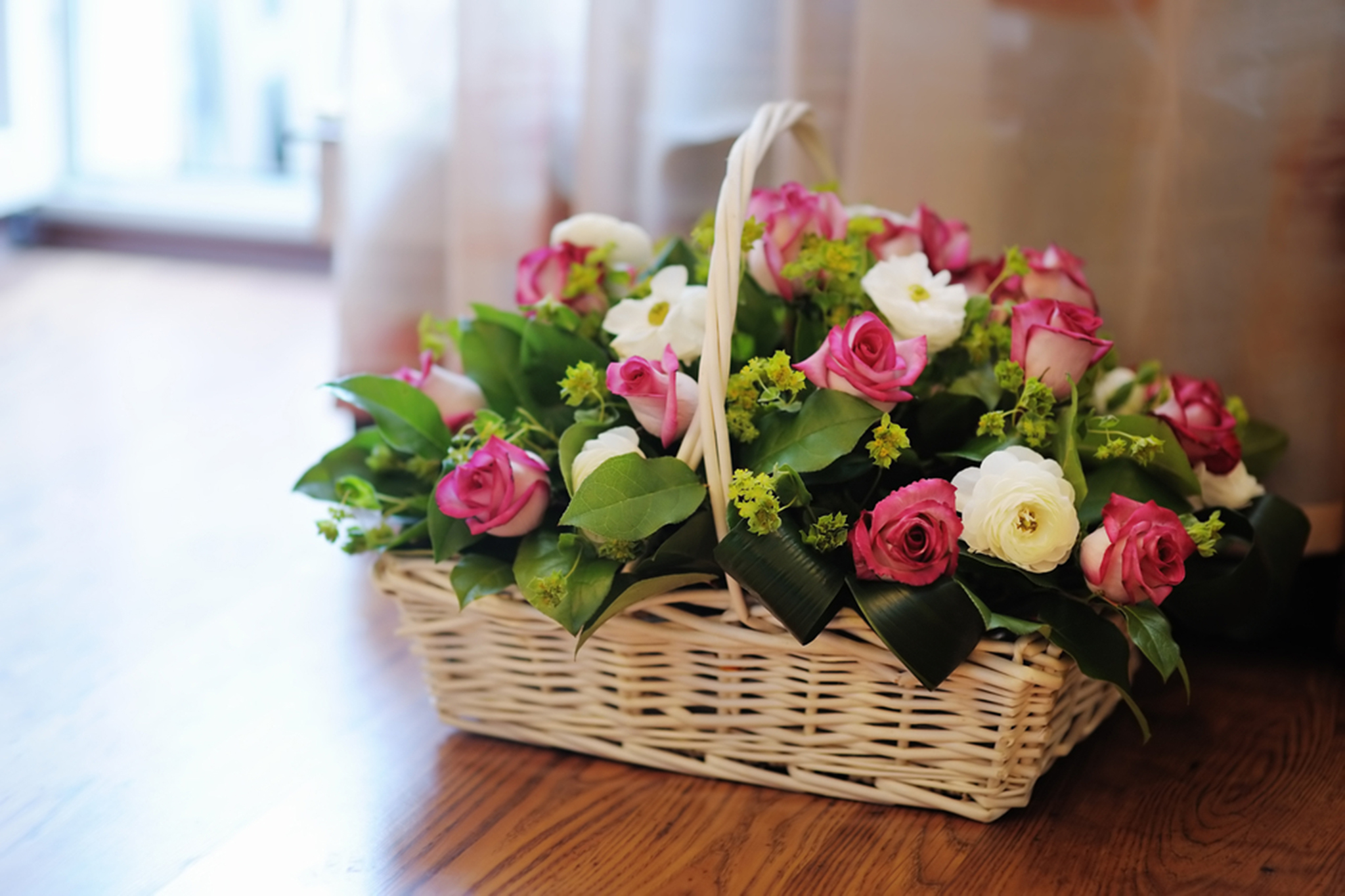 8 cheap flower delivery services for broke gifters florists izmirmasajfo Gallery