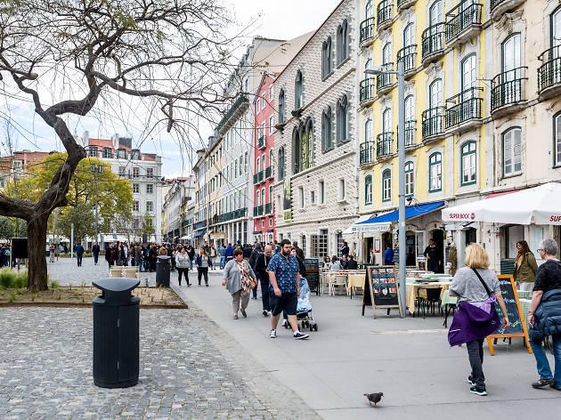 12 paragens obrigatórias na Rua dos Bacalhoeiros