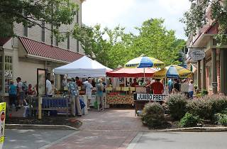 Haddonfield Farmers' Market is open on Saturdays throughout summer.