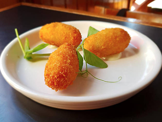 Jamón croquettes at the Robert Burns Hotel