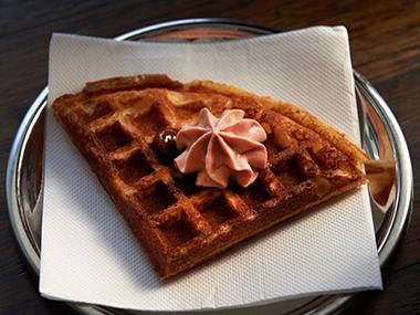 Duck waffle at cumulius