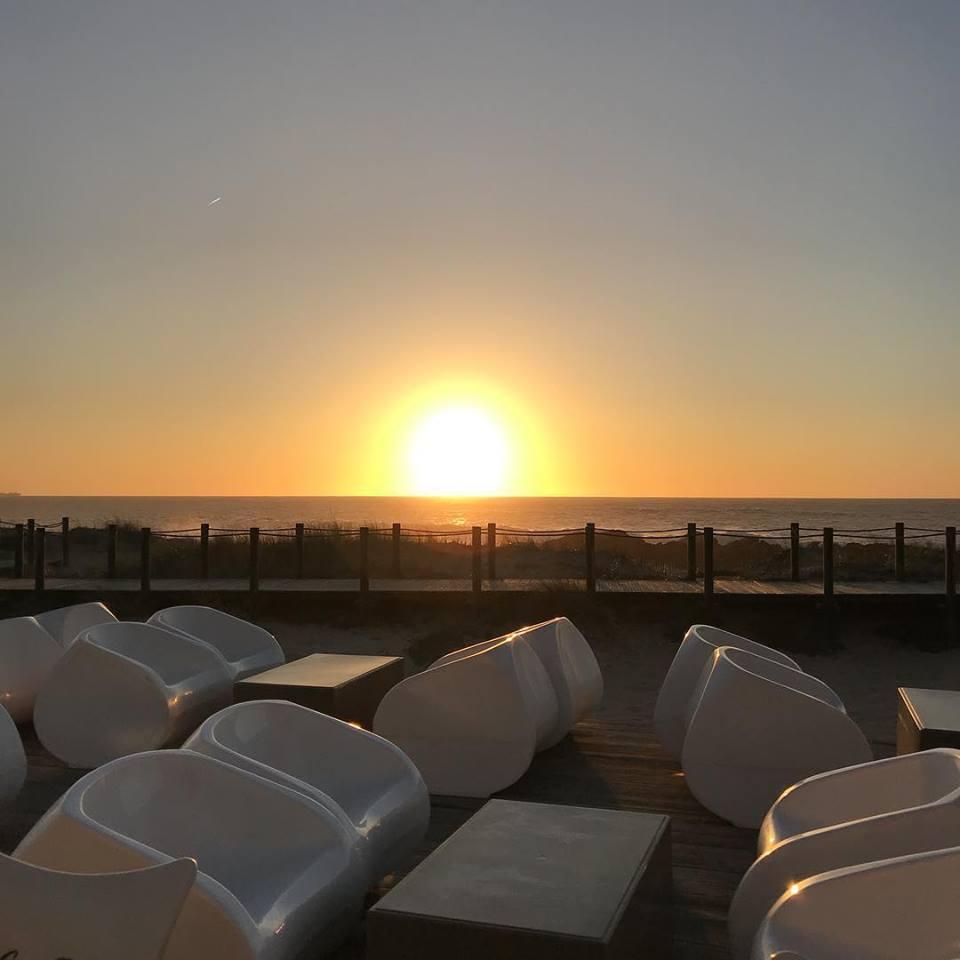 O Bermelho fica na Praia da Agudela