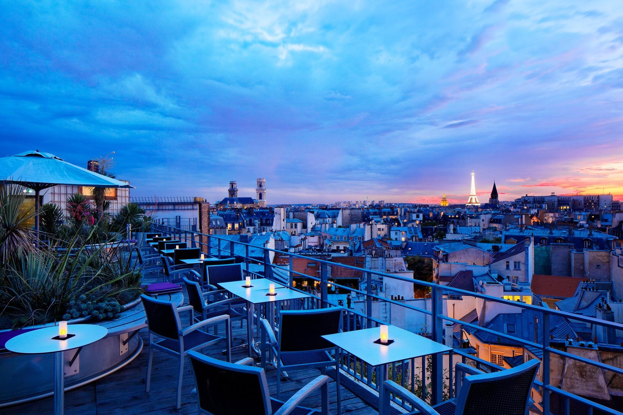 12 glorious rooftop bars in Paris