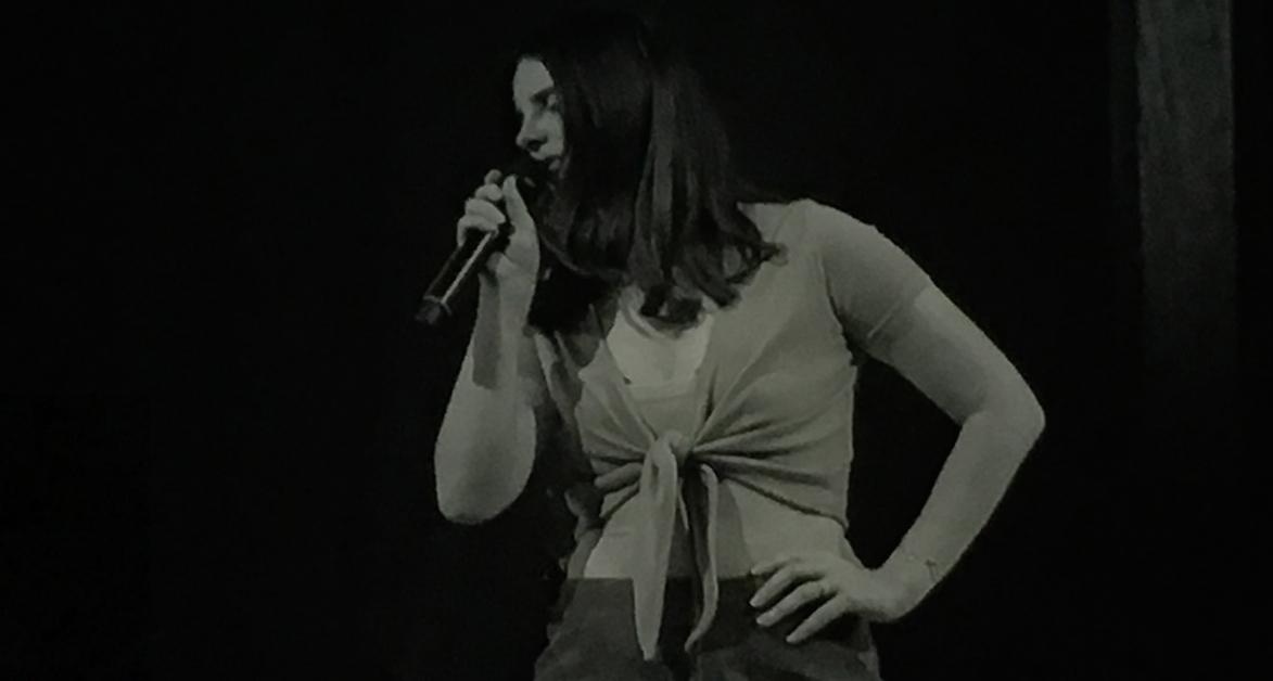 Lana Del Rey porta la Costa Oest al Palau Sant Jordi de Barcelona